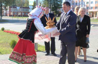 Кличев принимает делегацию Администрации Сальского района Ростовской области Российской Федерации.
